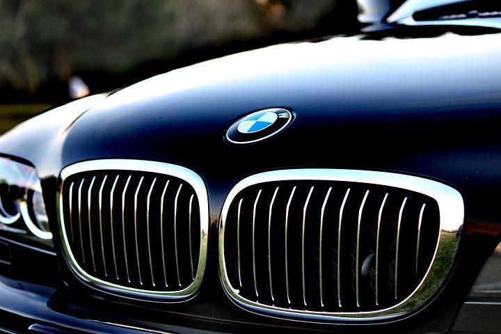 BMW【千葉県船橋市】技術を追求したい方!納得の収入を得たい方!にオススメ【正社員】メカニック募集!