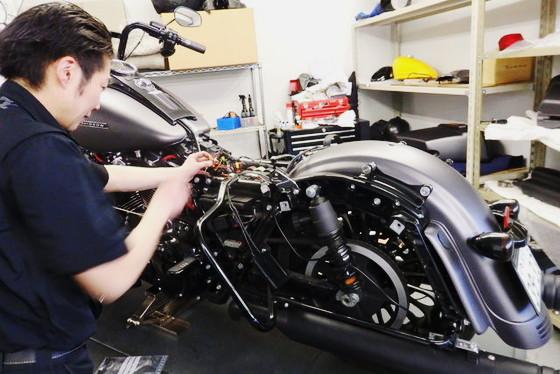 【東京都 練馬区】ショールーム併設工場で働くバイク整備士!